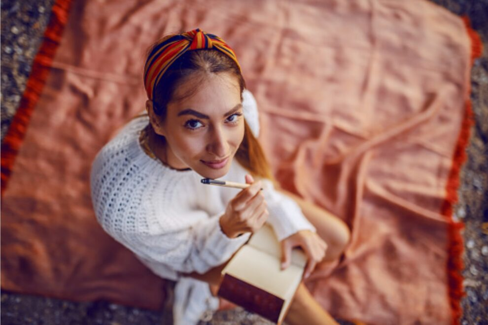 8 Female Poets Who Changed Poetry